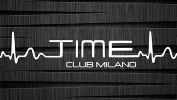 Domenica sera al Time Club di Milano