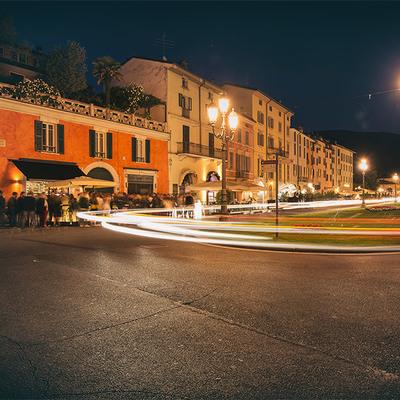 Locali in piazzale Arnaldo