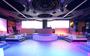 La bellissima e colorata sala interna della discoteca No Name